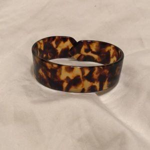 Jewelry - Tortoise cuff bracelet
